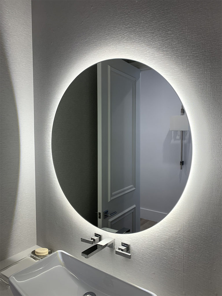Glow Mirror