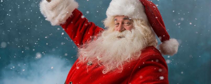 Does Santa Have Glass Shower Panels?